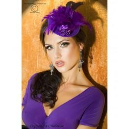 Cappellino viola con piume